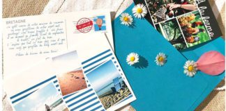 carte postale connectée