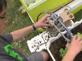 Robot invention d'un jeune français